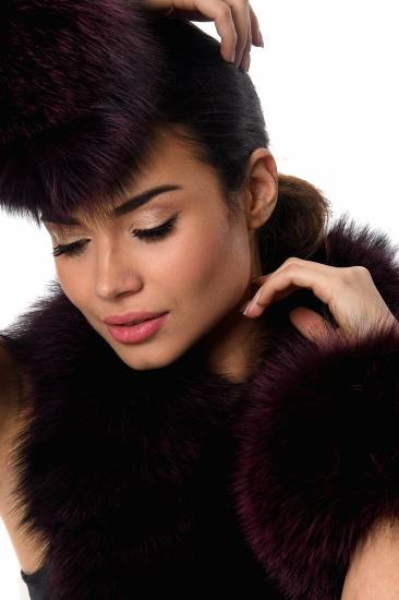 Fur hat with collar and cuffs
